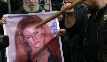 Сатанинский парад уродов:: Комментарии православных на состоявшийся в Санкт-Петербурге зомби-парад.