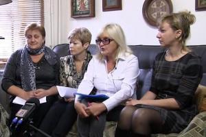 «Именем Божиим прошу, помогите этим бедным женщинам» :: Матери арестованных ребят, вступившихся в драку с кавказцами, отчаялись в «правосудии»