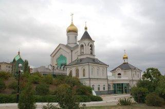 Страха ради террористского :: Власти Волгограда запретили ночное богослужение в православном храме