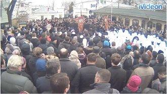 Духовная сущность евромайдана :: Вооруженные люди окружили Киево-Печерскую лавру (добавлено + ВИДЕО-онлайн)