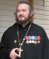 Сплочение народа перед лицом угрозы :: В Санкт-Петербурге состоялся митинг в поддержку единства с Украиной. Комментарий священника