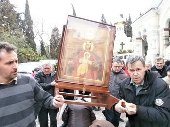 Только чудом референдум прошел без провокаций :: Рассказ о крестном ходе с Державной иконой Божией Матери накануне Крымских решений