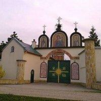 Из-за сослужения с украинскими раскольниками в Польше закрыт монастырь
