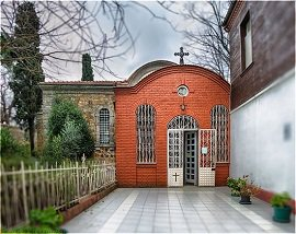 Массовое паломничество турок-мусульман в православные храмы с надеждой на выздоровление от своих болезней