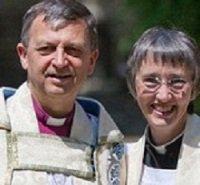 Женатый епископат – цветочки: в Англии появились супруги-«епископы»