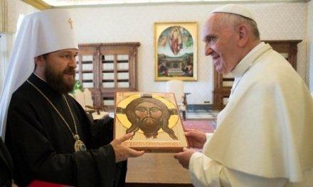 Митрополит Иларион вновь встретился с папой римским