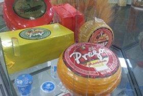 Скандал на Expo в Милане: Россия полностью заменила итальянский сыр из Италии «итальянским» сыром из России