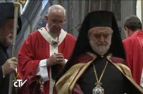 Православные иерархи на папской мессе (видео)