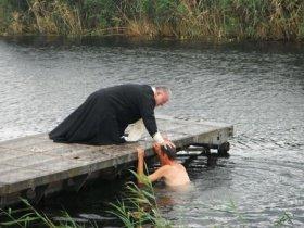 82 разведчика Центрального военного округа приняли Святое крещение в чебаркульском храме Георгия Победоносца