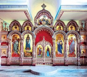В Царском храме на Святом Афоне торжественно почтили Собор всех святых русских государей