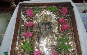 В маленьком селе Ягодинка Житомирской области обновляется икона святителя Николая