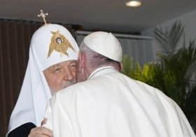 Как враги Христа стали братьями Патриарху Кириллу