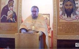 Вторая часть 15-го правила Двукратного Константинопольского Собора; толкования Вальсамона; имеет ли право священник служить после того, как перестанет поминать Патриарха?; имеет, если не запрещен от епископа; 13-е, 14-е и первая часть 15-го правила Дв.К С; запрещенный от епископа или сам себя отлучивший непоминовением епископа и Патриарха перестает служить: 39-е правило Святых Апостолов; священник, - есть делегат епископской благодати и власти; уточнение о праве второй части 15-го правила Дв.К.С. не подвергающем священника епитимии и оказывающем ему честь священнослужения; 31-е правило Святых Апостолов: