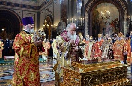 Патриарх Кирилл призвал молиться Николаю Чудотворцу об объединении с католиками