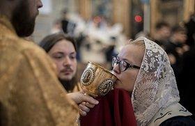 Богослужебные модернистские эксперименты: В московском храме состоялась неканоничная «литургия апостола Иакова»