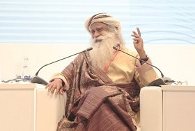 Театр абсурда: индийский маг стал «звездой» экономического форума