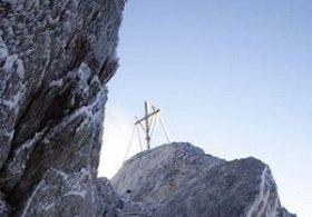 Святая Гора Афон об усыновлении детей однополыми парами: Заявление Священного Кинота