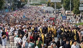 Любыми правдами и неправдами чиновники обеспечивают массовость мероприятий «Киевского патриархата»