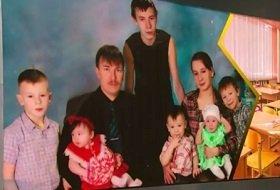 Не сдали деньги на жалюзи: В Карелии отобрали шестерых детей у многодетной семьи (Видео)