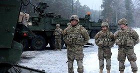 НАТО активно перебрасывает войска к границе с Россией
